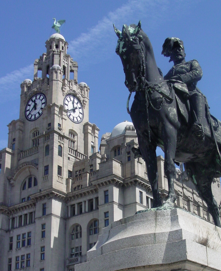 Liver Building and statue