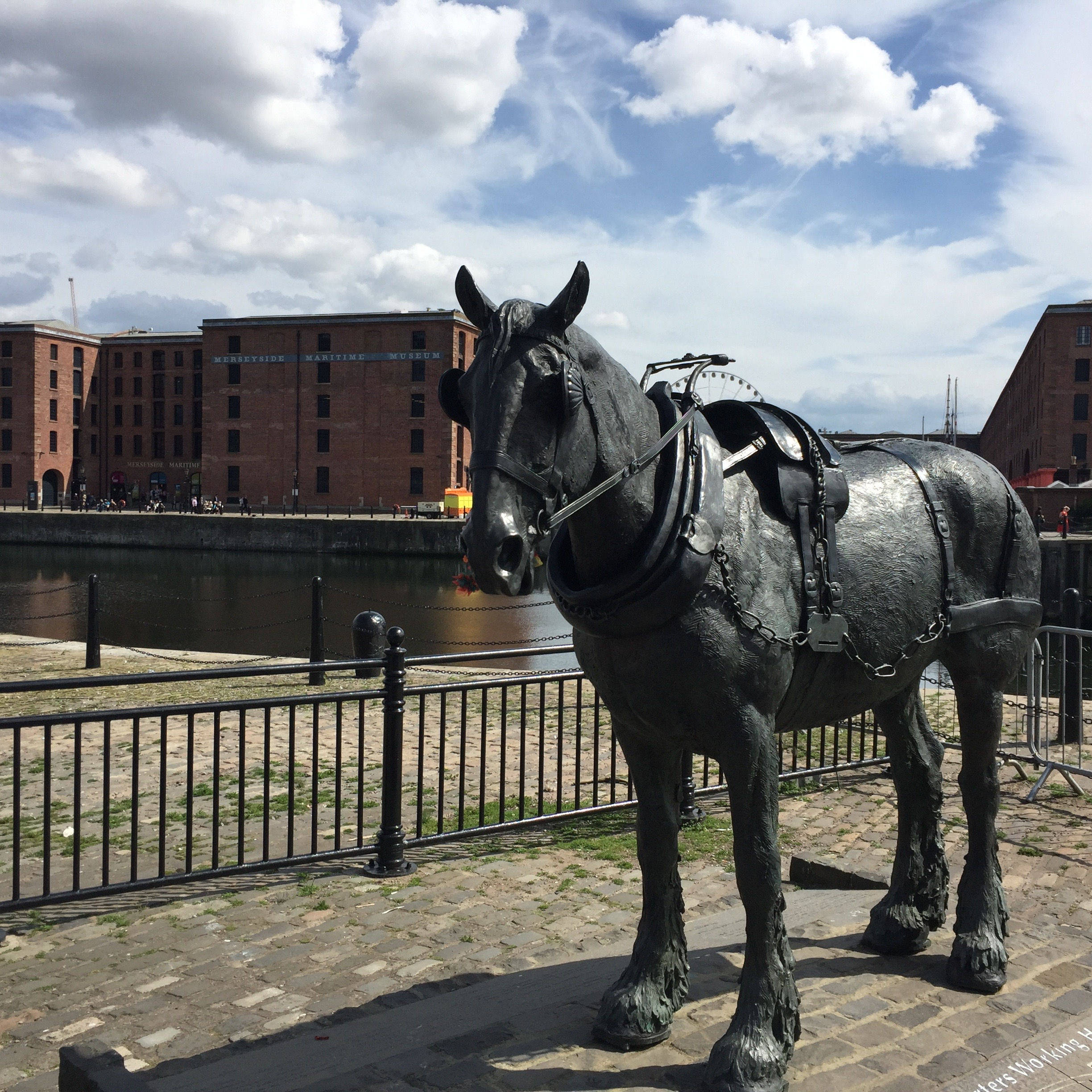 Carthorse monument, Liverpool